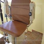 Új kanyarodó széklift