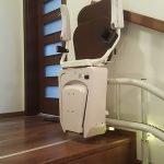 Kanyarodó széklift kifutással
